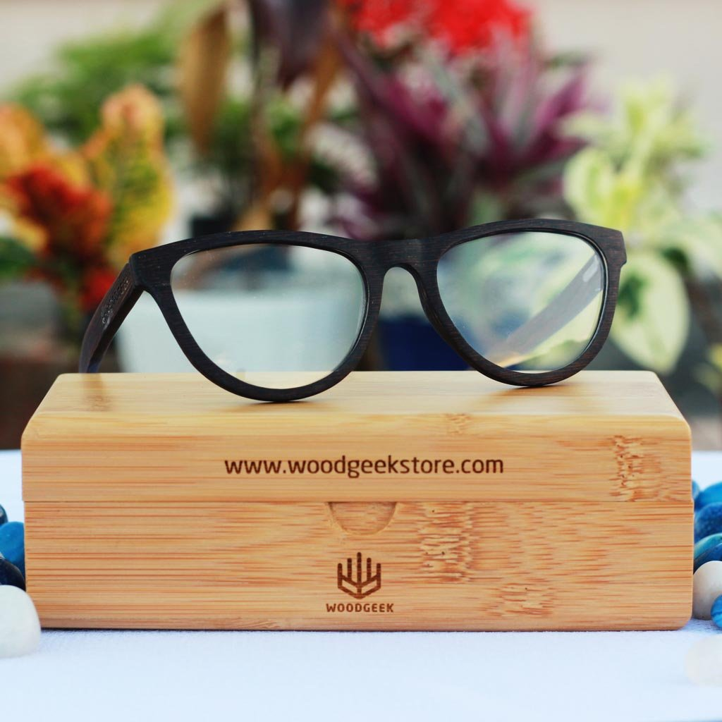 Trendy Glasses - Fashionable Eyewear - Oval Wooden Spectacle Frames ...
