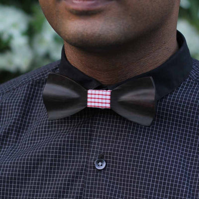 Bow Ties - The Fernandes - Black Wooden Bow Tie - Red plaid