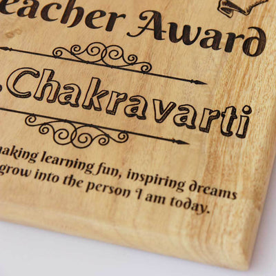 World's Greatest Teacher Award Wooden Plaque. These Personalized Trophies make great Teacher Appreciation Gifts. This is a cool Teacher's Day Gift for your Favourite Teacher.