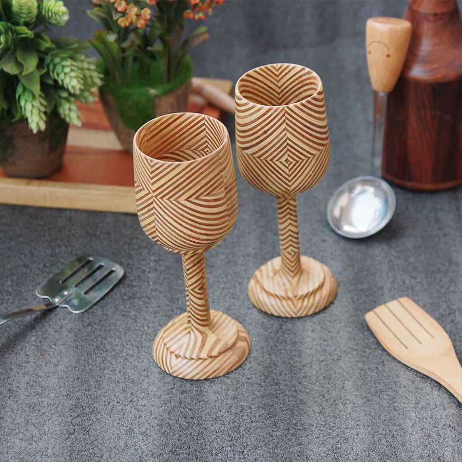 wooden-wine-glasses-patterned-plywood-set-of-2-woodgeekstore