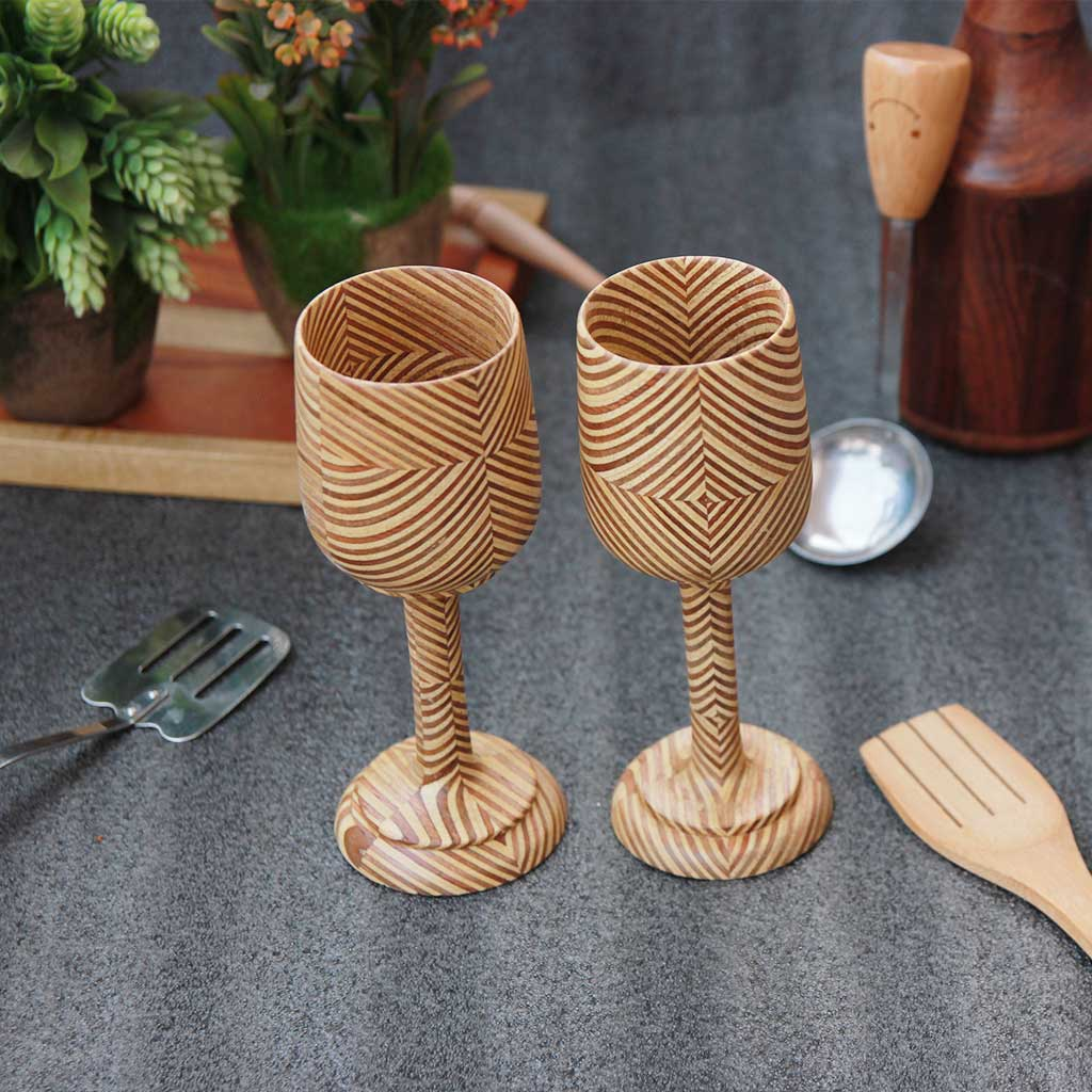 wooden-wine-glasses-patterned-plywood-set-of-4-woodgeekstore
