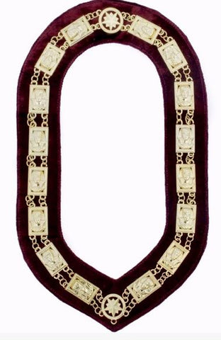 Daughters Of Sphinx 3D Chain Collar  Gold/Silver on Maroon + Free Case