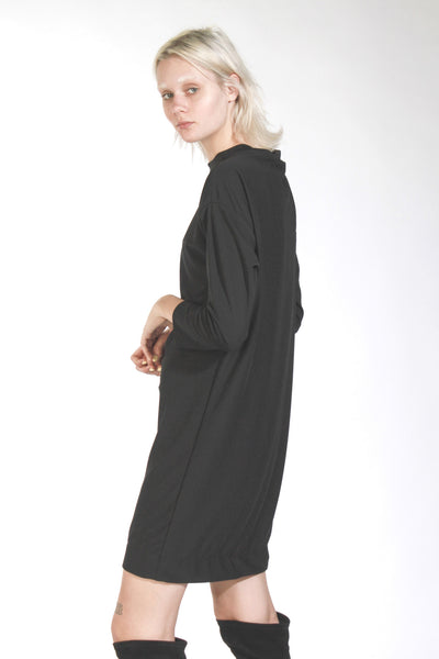 LONG SLEEVED OVERSIZED MIDI DRESS