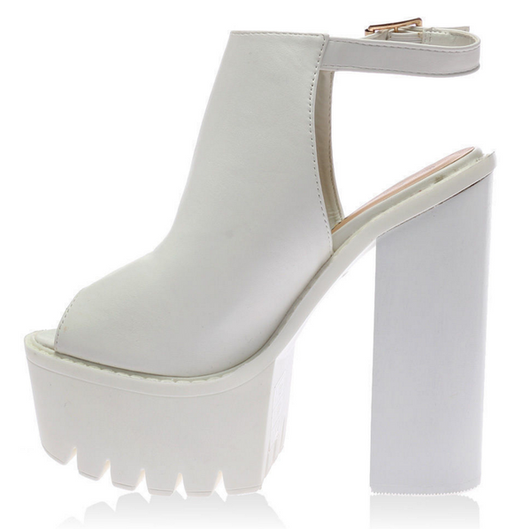SLING IT // WHITE PLATFORMS - Studio LBW  - 3