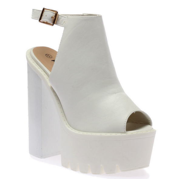 SLING IT // WHITE PLATFORMS - Studio LBW  - 2