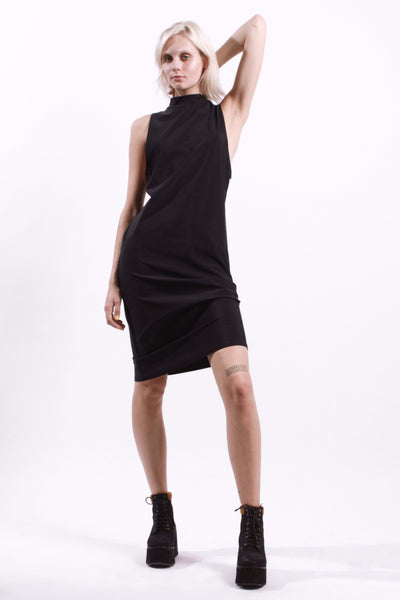BLACK DROP ARM MIDI DRESS