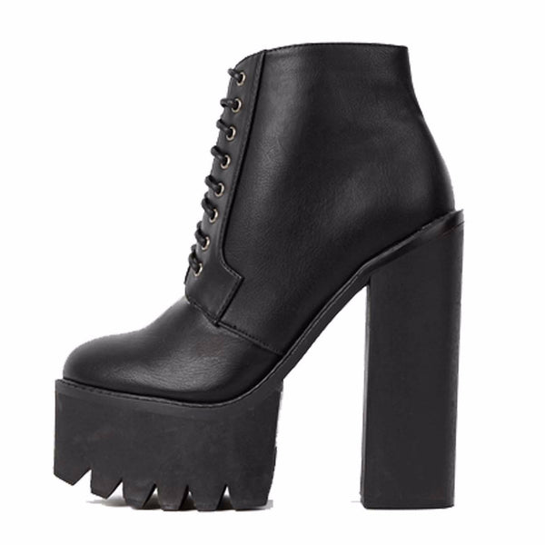 LACE ME UP // PLATFORM BOOTS 001 - Studio LBW  - 4