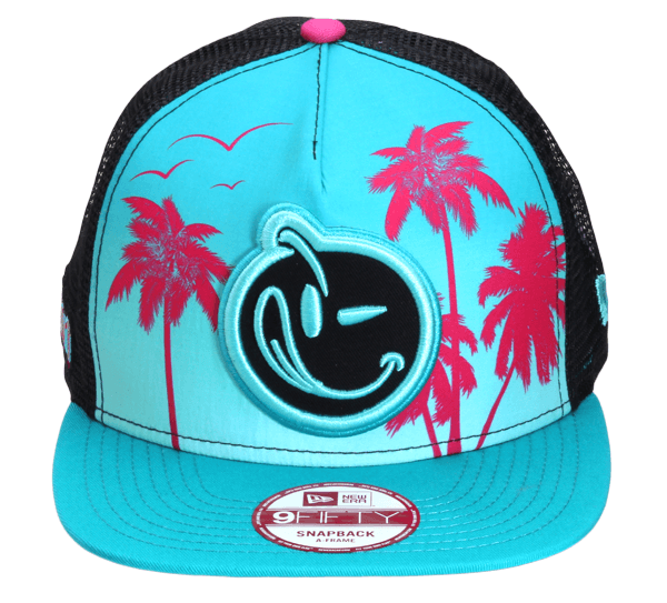 YUMS 'Classic' Snapback in Teal/Black/Pink