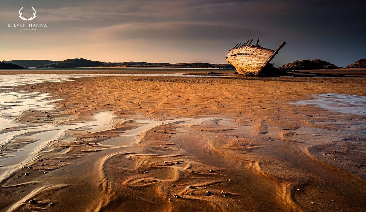 Irish landscape photography of Bunbeg shipwreck Bad Eddie