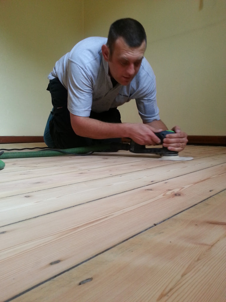 Caring for your customers' lacquered or varnished wood floor