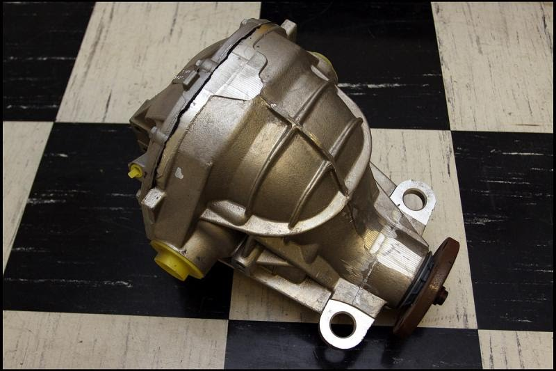Ford Mustang Cobra Lincoln Mark8 VIII 8.8 IRS rear end differential Aluminum case 2007-2010