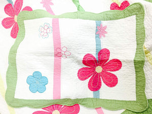 Pink & Green Daisy Floral Girl Bedding Twin Quilt Set - Pillow Sham