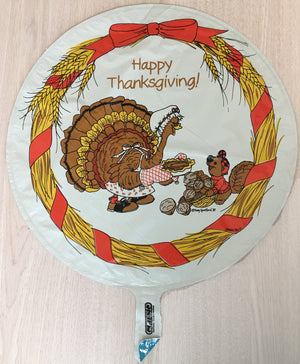 "Suzy's Zoo Turkey & Squirrel Thanksgiving Sharing 18"" Party Balloon"