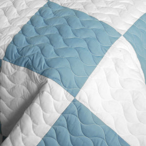 Modern Blue Yellow & White Checkered Teen Bedding Full/Queen Quilt Set - Detail