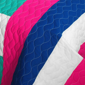 Blue Green White & Hot Pink Teen Girl Bedding Full/Queen Geometric Quilt Set - Detail