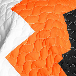 Turquoise Blue Orange Black & White Geometric Teen Bedding Full/Queen Quilt Set - Detail
