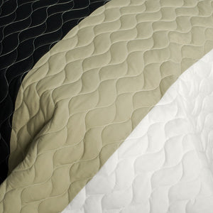 Orange Red Tan Black & White Teen Bedding Full/Queen Quilt Set - Detail