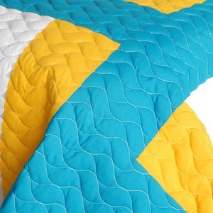 Turquoise Blue Yellow & White Striped Teen Bedding Full/Queen Quilt Set - Detail