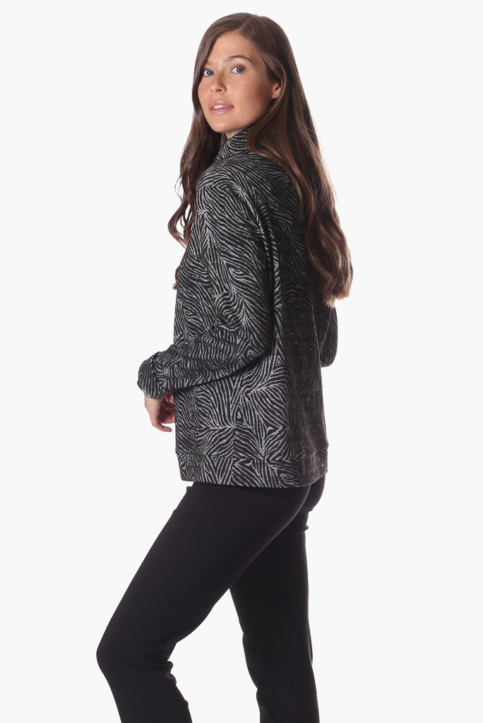 Brandy Pullover in Black Safari