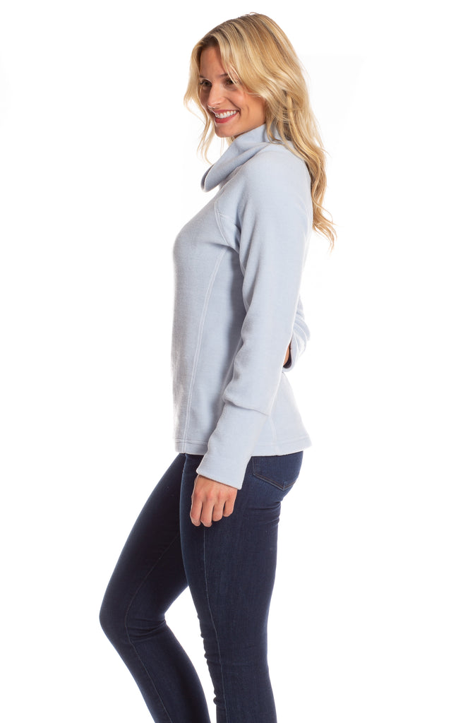Juliet Fleece Turtleneck in Ice