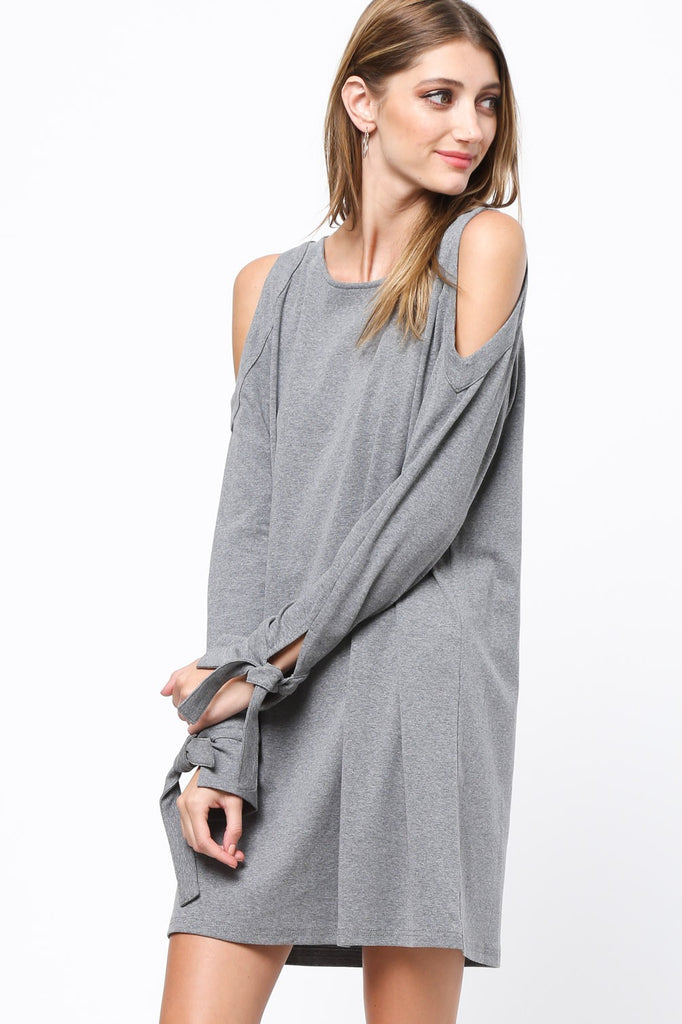 Sweater Dresses are all the rage #sweaterweather #sweater #sweaterdress