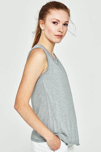 Aeri  Women's soft and cozy Top - Tonic UAE Aeri  Women's soft and cozy Top - Athletic Wear Tonic UAE - tonic athletic apparel Tonic UAE - tonic UAE