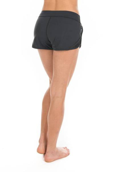 Edge Short - Tonic UAE Edge Short - Athletic Wear Tonic UAE - tonic athletic apparel Tonic UAE - tonic UAE