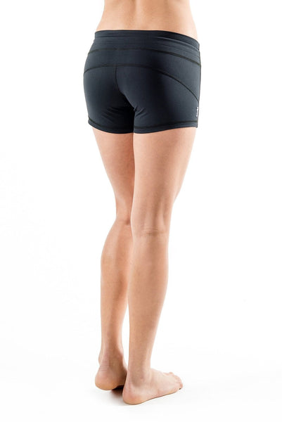 Curve Short - Tonic UAE Curve Short - Athletic Wear Tonic UAE - tonic athletic apparel Tonic UAE - tonic UAE