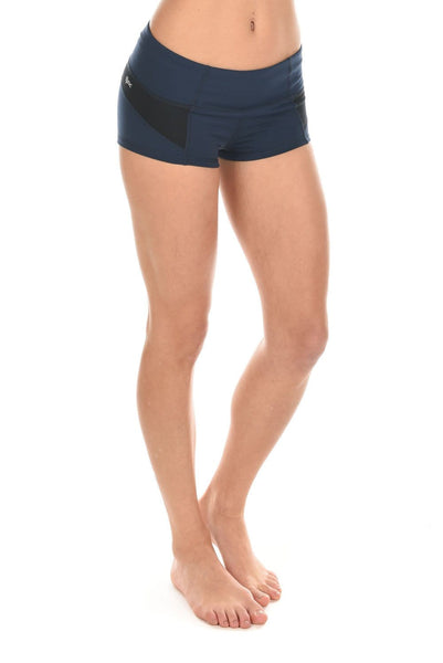 Glow Short - Tonic UAE Glow Short - Athletic Wear Tonic UAE - tonic athletic apparel Tonic UAE - tonic UAE