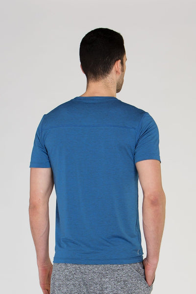 Men's workout tee - Tonic UAE Men's workout tee - Athletic Wear Tonic UAE - tonic athletic apparel Tonic UAE - tonic UAE