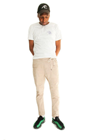 Like Mind New York Kana Pant 2.0 Khaki on Model