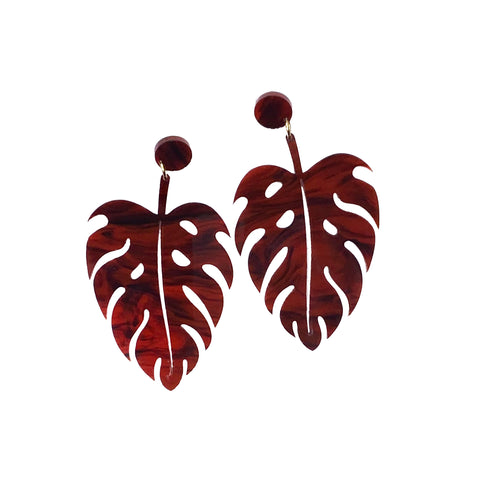 The Foss Monstera Earrings in Tortoiseshell
