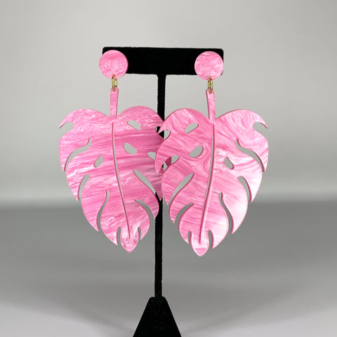 The Foss Monstera Earrings in Pink