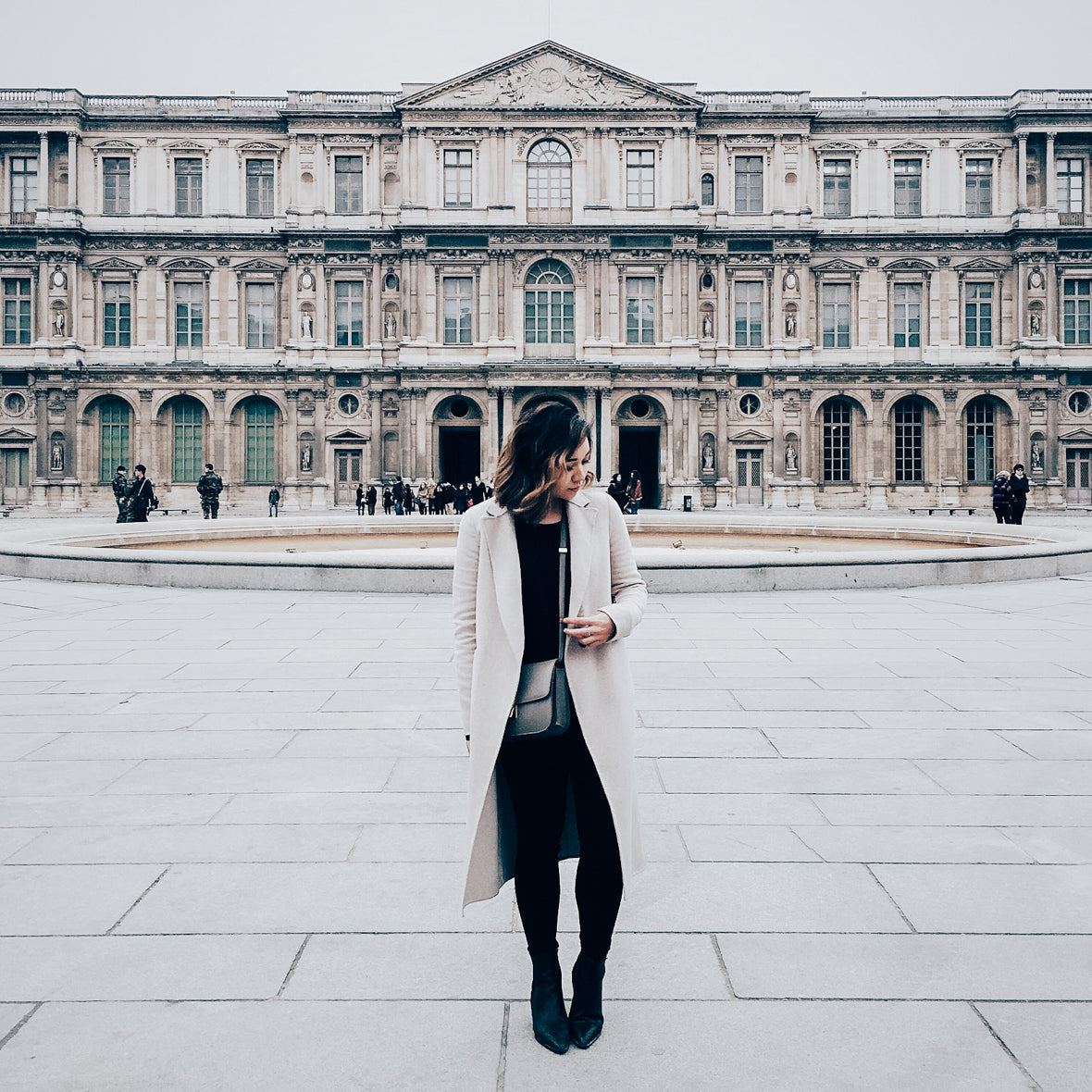 © CalPak Luggage & Travel Goods | Alyssa Lenore of Styled & Smitted in Paris, France | Blog 2016