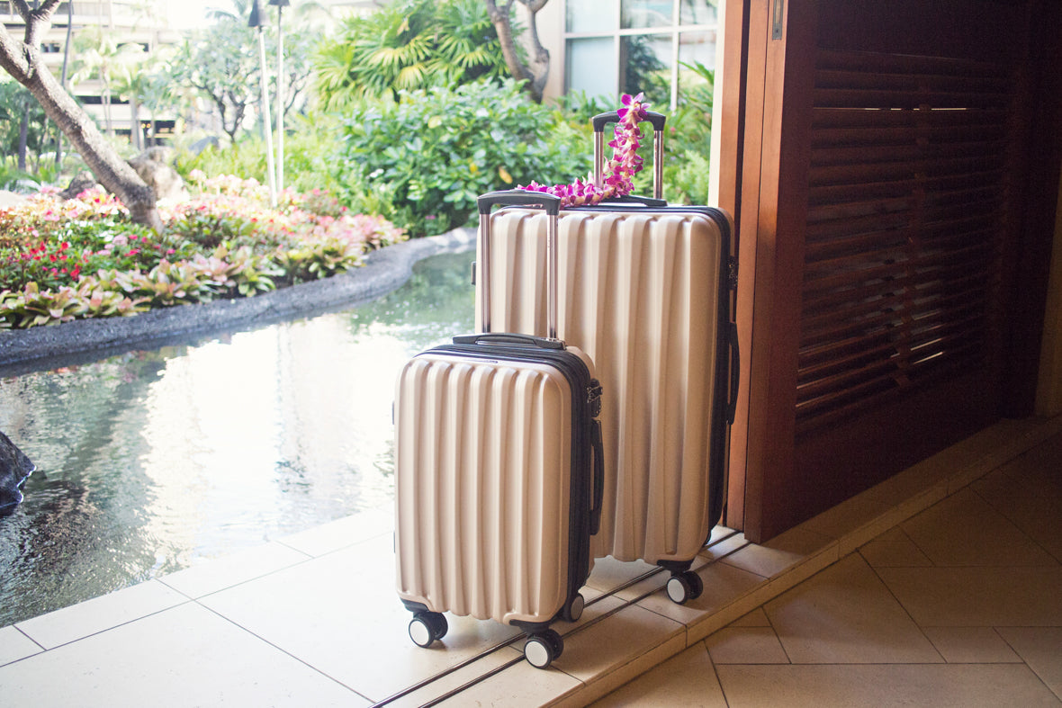 © CalPak Luggage & Travel Goods | SYLVIAGEATERY in HAWAII | Blog 2016
