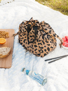 CALPAK insulated lunch bag