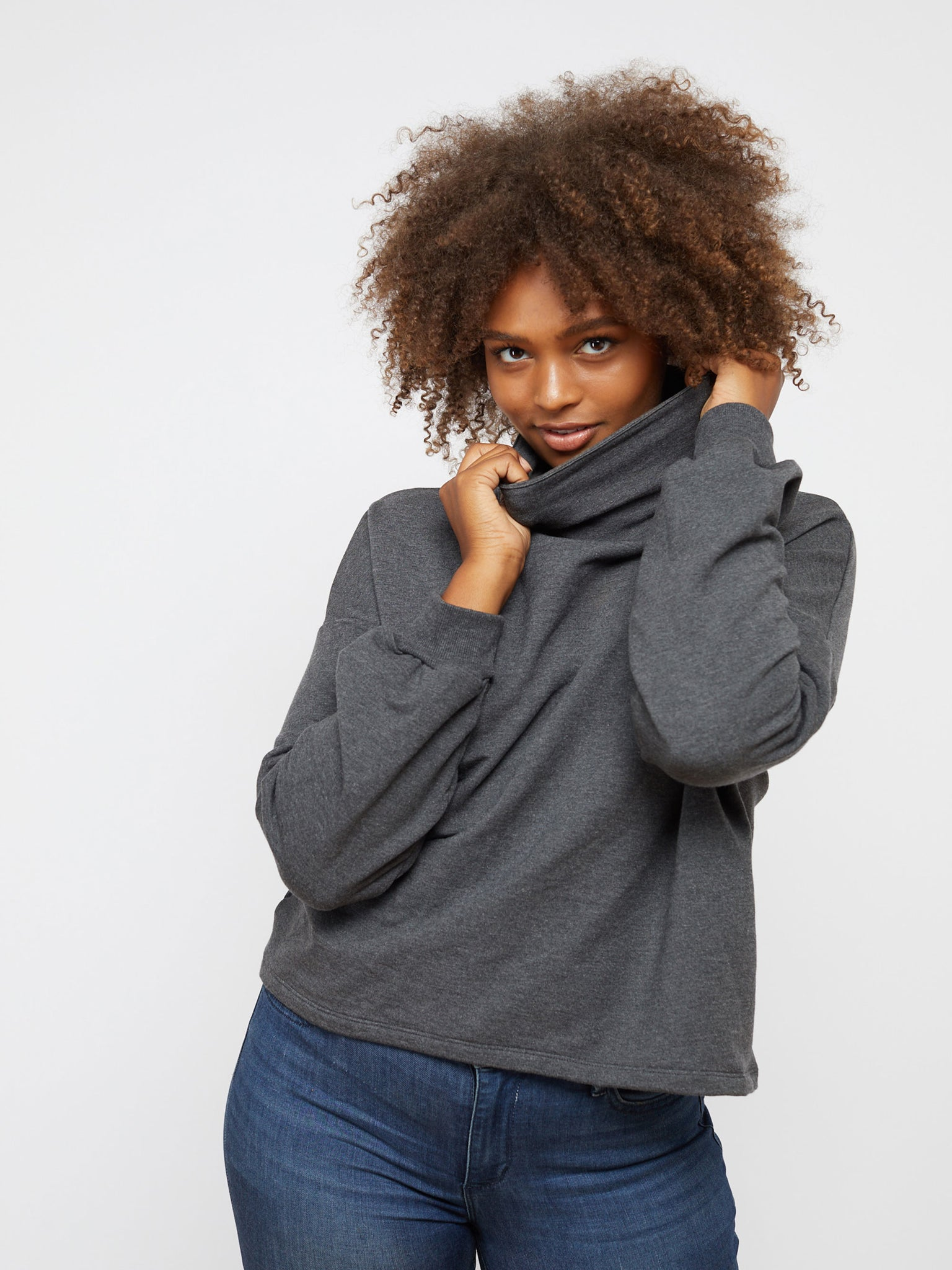 GREY MITCHELL PULLOVER