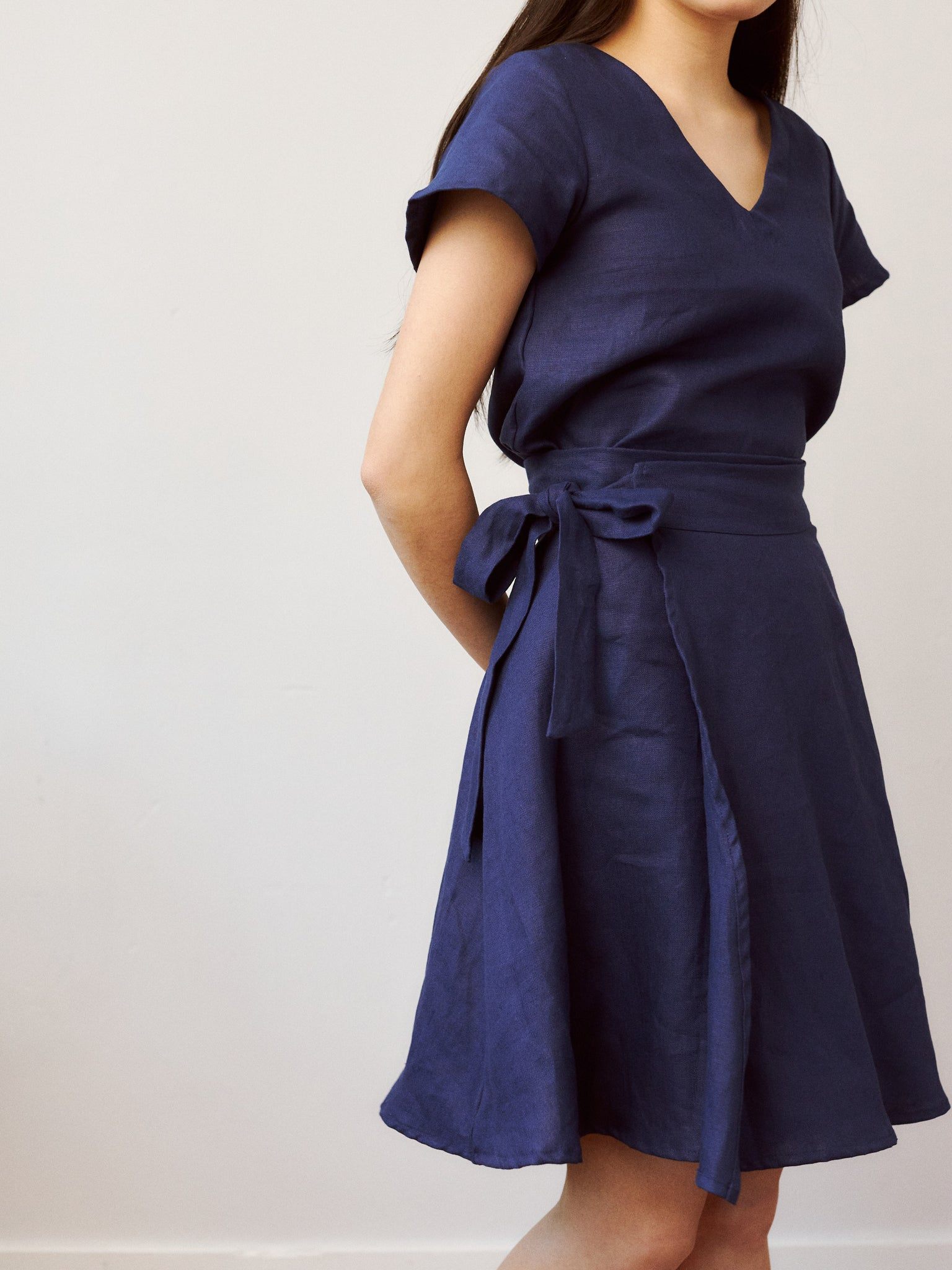 NAVY MARGALIT SKIRT