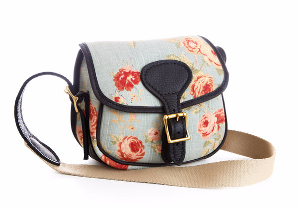 Floral handmade cartridge bag