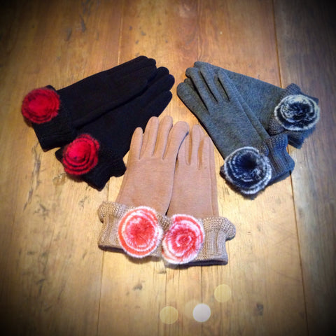 Flirty and Feminine Ladies Gloves
