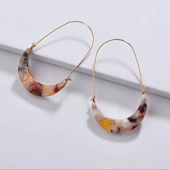 Tortoise Shell Drop Earring - 2 Colors