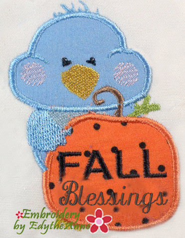 in the hoop Machine embroidery bird with pumpkin