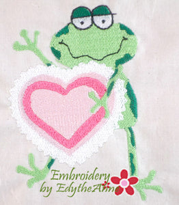 VALENTINE FROG - MACHINE EMBROIDERY DESIGN - DIGITAL DOWNLOAD