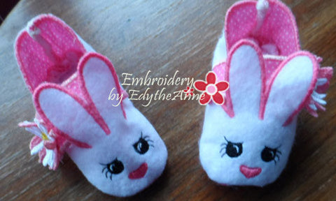 Infant BUNNY SLIPPER. In The Hoop Machine Embroidery. 3 sizes included.  - INSTANT DOWNLOAD - Embroidery by EdytheAnne - 1