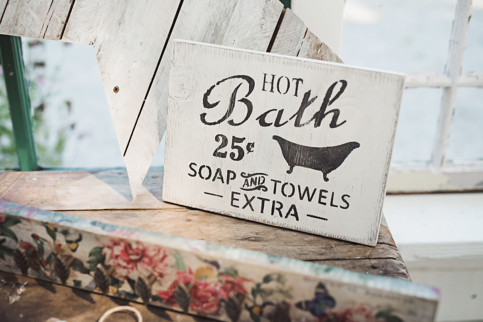 vintage style bath sign hand painted with chalk style paint and a stencil