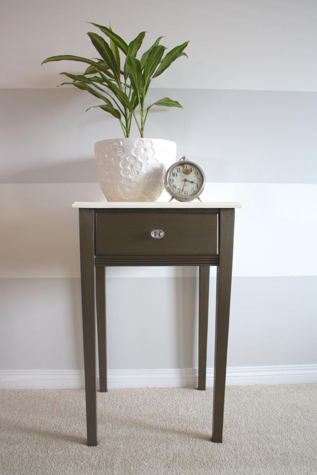 bronze metallic side table painted with eco-friendly DIY furniture paint and bronze metallic cream by Country Chic Paint