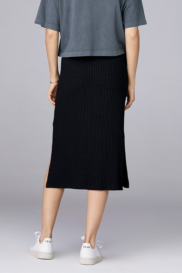 Midi Skirt in Heavy Rib Knit