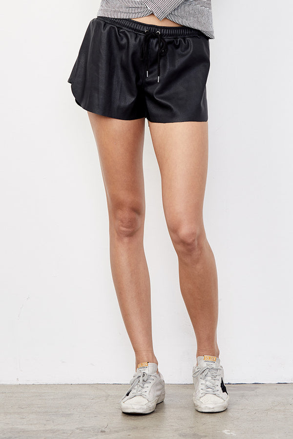 Sport Short in Pebble Vegan Leather