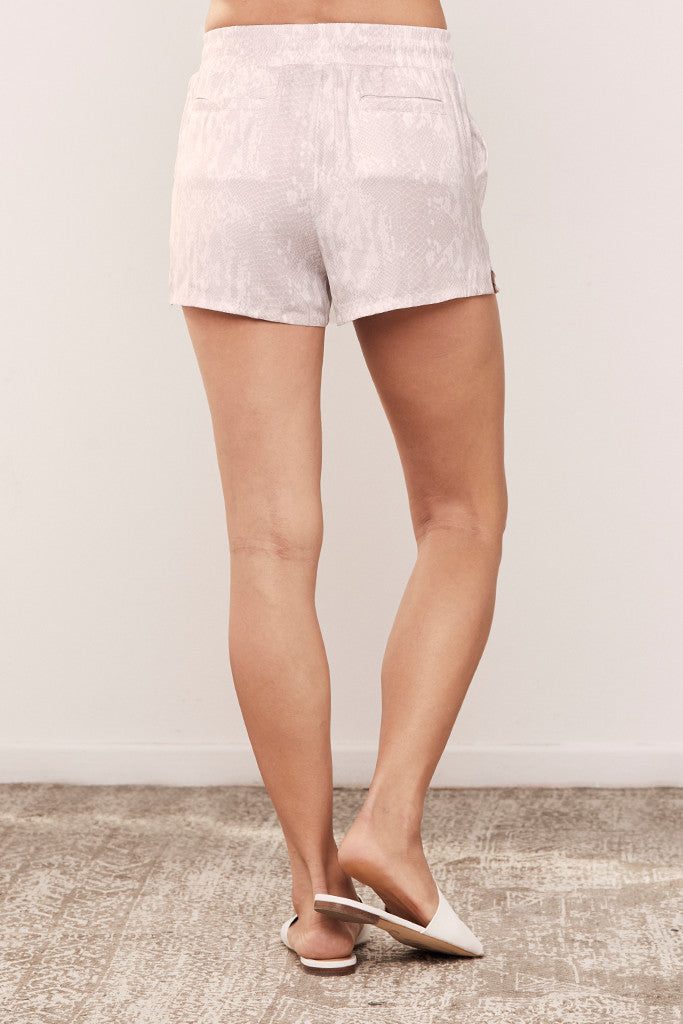 Bibi Short in Satin Crepe