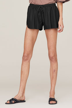 Serena Pintuck Short